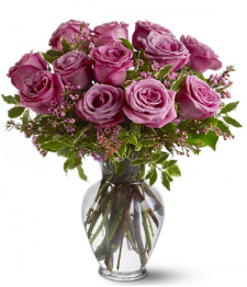 12 roses de couleur lavande, longueur moyenne