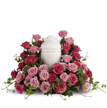 'Symphonie des roses' arrangement urne